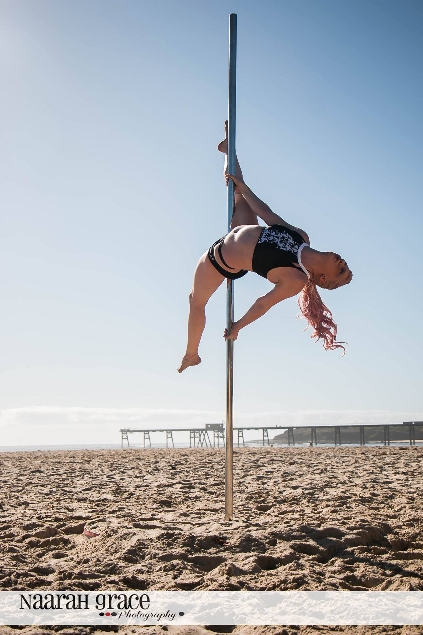 Toni Professional Pole Dance Instructor & Performer